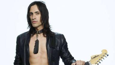 """Nuno Bettencourt (Extreme) explota contra los guitarristas que """"se ríen las canciones de AC/DC"""""""