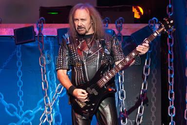 """Ian Hill reconoce que habrá """"sorpresas"""" en el regreso de Judas Priest a los escenarios"""