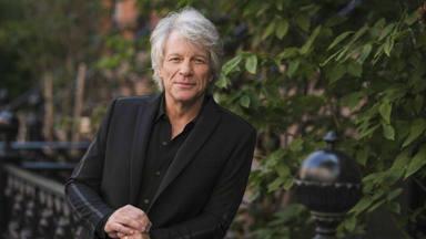 """La agridulce carta de Jon Bon Jovi a su """"yo"""" del pasado"""