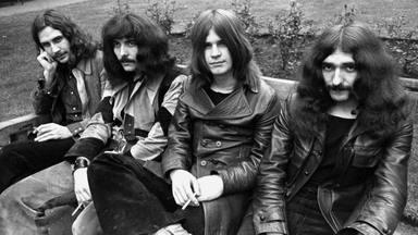 """Tony Iommi habla sobre los sucesos """"paranormales"""" en Black Sabbath: """"Sé que suena ridículo"""""""