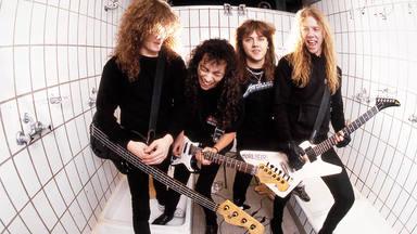 Metallica publicarán un libro de fotos inéditas del 'Black Album'.