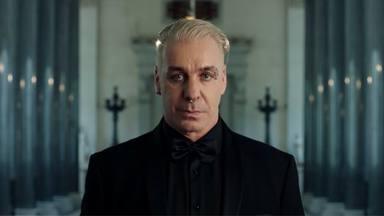 """Till Lindemann admite que """"odia a los niños"""" en su nuevo single"""
