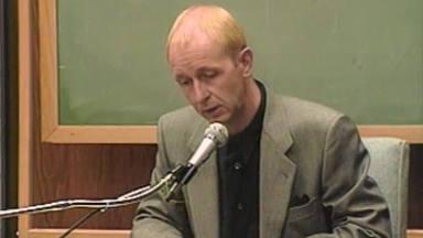 """Rob Halford se sincera sobre el """"mensaje subliminal"""" que casi acaba con la carrera de Judas Priest"""