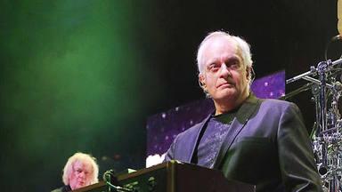 El teclista de Yes, Tony Kaye, vuelve a la música después de 25 años retirado por el 20º aniversario del 11-S