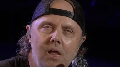 """Cuando James Hetfield (Metallica) pegó a Lars Ulrich: """"Tuve que estar de pie el resto de la noche"""""""