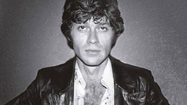 Imagen de la portada de 'Testimony', la autobiografía de Robbie Robertson.