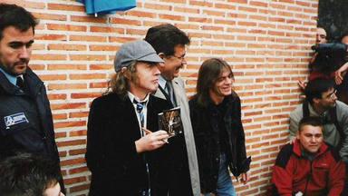 Así surgió la primera calle dedicada a AC/DC en todo el mundo y que está en Madrid