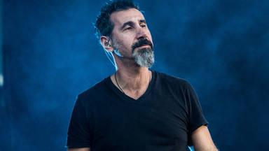 """Serj Tankian (System of a Down): """"Si en una banda no hay drama, eso es que es mala"""""""