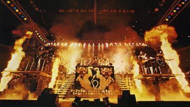 El secreto del pirotécnico desplegable del 'Alive II' de Kiss