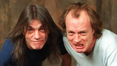 """Angus Young (AC/DC): """"Aún no he terminado con las canciones de Malcolm"""""""