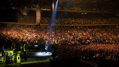 Foo Fighters y Buckcherry se ven obligados a volver a posponer sus shows después de varios positivos en COVID-