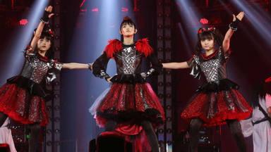 Babymetal actúa en el Tokyo Dome en 2016
