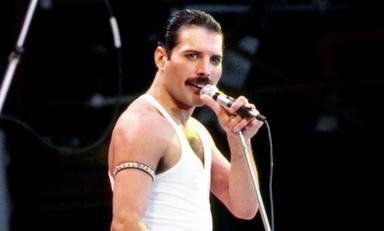 """Freddie Mercury (Queen), viral en redes sociales después de que un fan dijera que """"Karol G es mejor que él"""""""