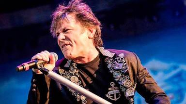 Bruce Dickinson, de Iron Maiden, da positivo en coronavirus