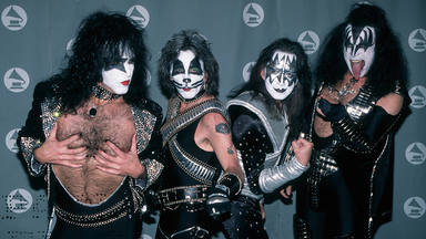 """¿Vuelve a estar sobre la mesa una reunión de los miembros originales de Kiss? """"Con dinero, todo puede pasar"""""""
