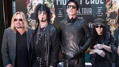 """Mötley Crüe, en problemas por la devolución de sus entradas: """"Habéis secuestrado mi dinero"""""""