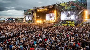 Esta es la tremenda cartelera de Lolapalooza, uno de los pocos grandes festivales que se celebrará en 2021