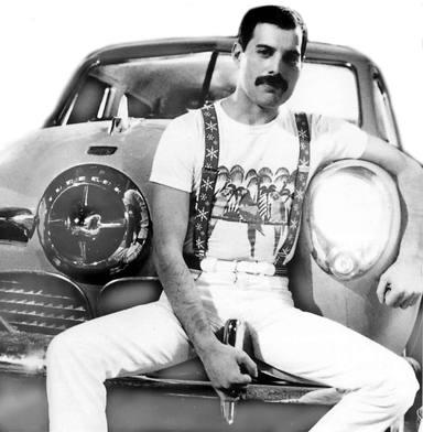 Freddie Mercury en su Studebaker Champion