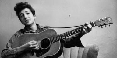 Se lleva un disco de Bob Dylan y lo devuelve 48 años más tarde