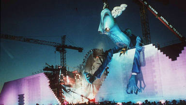 The Wall 1990
