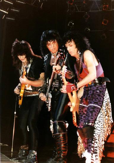 La noche que Kiss tocaron con Mark St. John como segundo guitarra solista