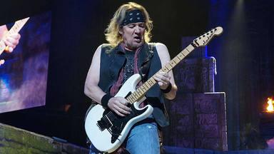 Adrian Smith (Iron Maiden) explica la desastrosa situación que le hizo dejar la banda en los '90