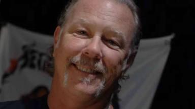 """James Hetfield (Metallica) se muestra """"escéptico"""" con las vacunas: """"Si la necesito para viajar, decidiré"""""""