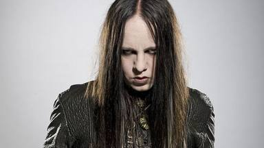 Un excompañero de Joey Jordison explota tras filtrarse la llamada a emergencias antes de su muerte