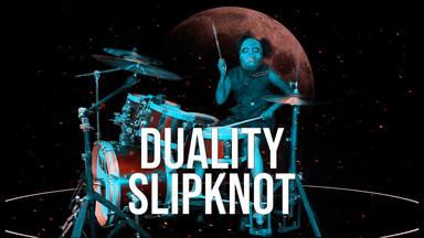 Nandi Bushell, la niña prodigio del rock, se pone la máscara de Slipknot para tocar una de sus canciones
