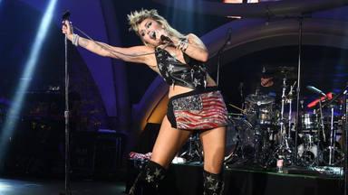 """Así suena Miley Cyrus versionando """"American Woman"""" de The Guess Who"""