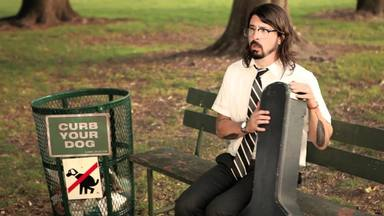 ctv-5it-dave-grohl-nerd