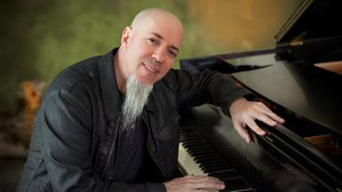 El tributo más emocionante a Ennio Morricone viene de la mano de Jordan Rudess (Dream Theater)