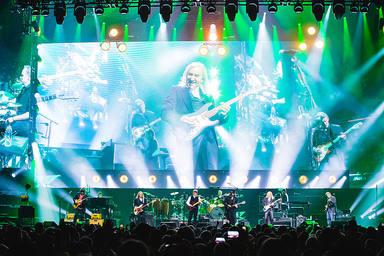 Así fue el regreso de Eagles al escenario con su espectacular gira dedicada a 'Hotel California'