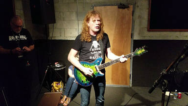 "VÍDEO: Aprende a tocar ""Symphony Of Destruction"" del mismísimo Dave Mustaine (Megadeth)"
