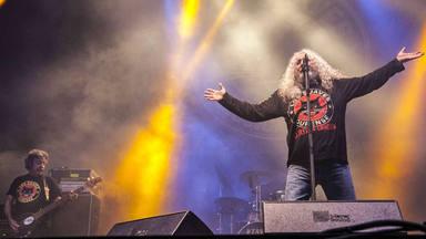 Los Suaves recuperan el trono del rock gallego con una bestial reedición