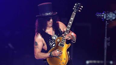 """Slash (Guns N' Roses) tiene nuevo material compuesto: """"Hay muchas canciones y son muy buenas"""""""