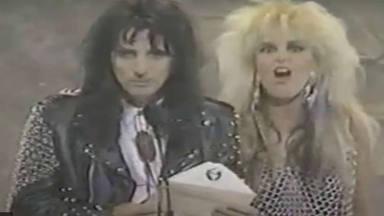Alice Cooper recuerda su incredulidad cuando anunció el Grammy más polémico de la historia del rock