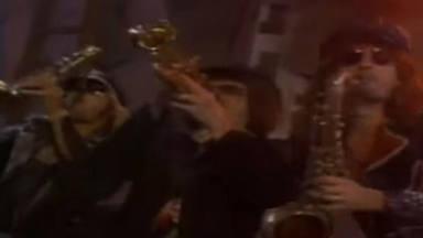 Así terminó Mötley Crüe saliendo en un videoclip de Night Ranger