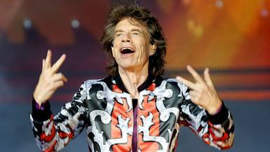 El increíble parecido entre Mick Jagger (The Rolling Stones) y su hijo de cuatro años