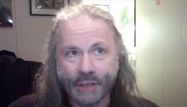 """Bruce Dickinson (Iron Maiden) y su frustración grabando """"The Number of the Beast"""": """"Me pasó igual que a Dio"""""""