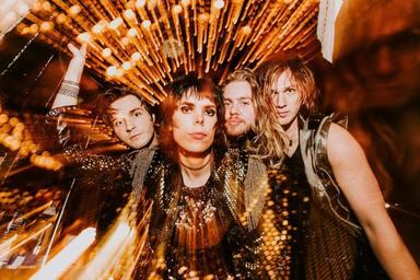 """The Struts, la próxima promesa del rock inglés, versiona el """"We Will Rock You"""" de Queen"""