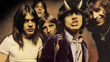 """""""Highway to Hell"""" de AC/DC, el himno que abatió a Queen en el RockFM 500"""