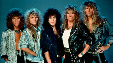 """Este es el motivo por el que """"Here I Go Again"""" de Whitesnake vuelve a estar en lo alto de las listas de ventas"""