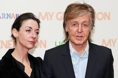 Talento bajo el sello 'The Beatles', la hija de Paul McCartney fotografía a su padre y este es el resultado