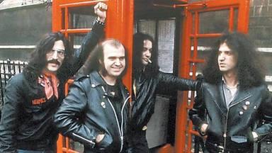 BARÓN ROJO: Cuando la muerte de Lennon engendró a la banda de referencia del rock español