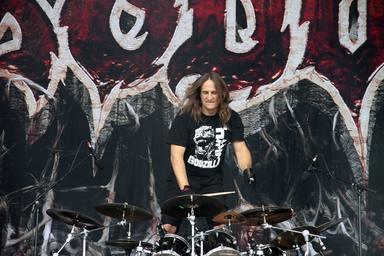 El batería de Exodus podrá pagar su tratamiento de cáncer gracias, en parte, a Kirk Hammett (Metallica)