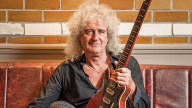 """Brian May vuelve con """"Too Much Love Will Kill You"""""""