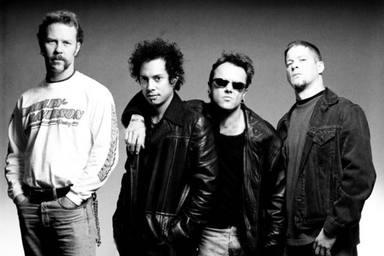"""El verdadero motivo por el que Metallica se cortó el pelo: """"Pensaban que nos había explotado droga dentro"""""""