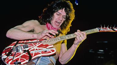 """A Eddie Van Halen le apenaba haber convertido la guitarra """"en un deporte"""": """"¡He creado un monstruo!"""""""