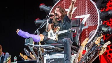 """Dave Grohl (Foo Fighters) le cede su """"trono del rock"""" al músico que más se lo merece en todo el mundo"""